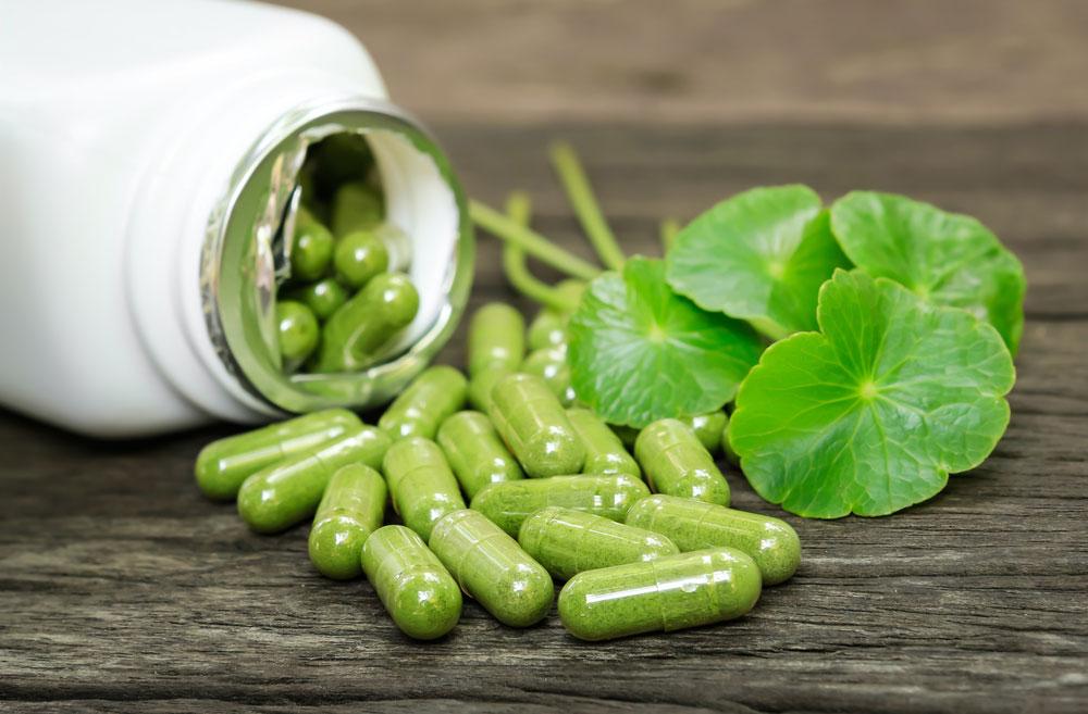 La concentrazione consigliata è del 24% flavoni e 6% in lattoni terpenici. Il dosaggio abituale è di 120 mg a 160 mg al giorno.