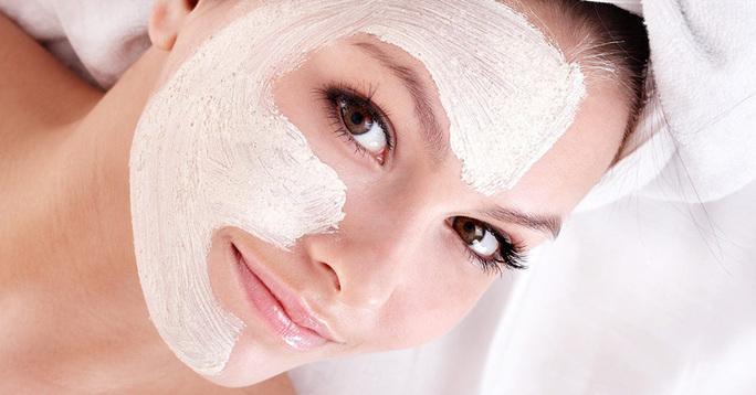 Aveeno Positively Radiant Skin Brightening Daily Scrub – Good or Bad?