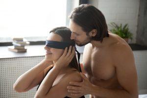 blindfold kinky sex