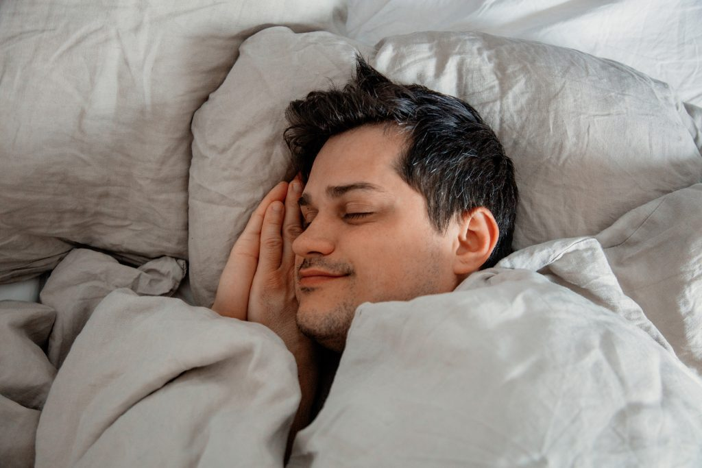 HEALTHY SLEEPING